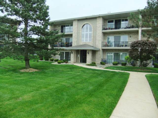 11125 Wisconsin Court 1A, Orland Park, IL 60467 (MLS #10722893) :: Lewke Partners
