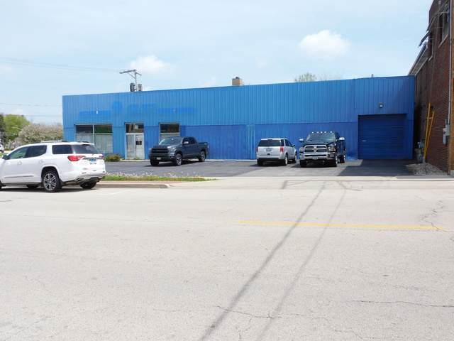 504 Whitney Boulevard, Belvidere, IL 61008 (MLS #10722986) :: Jacqui Miller Homes