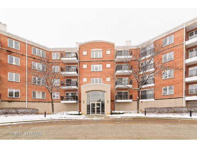 451 Town Place Circle #311, Buffalo Grove, IL 60089 (MLS #10722994) :: Suburban Life Realty