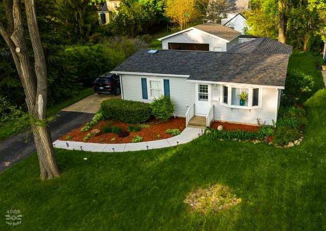 1114 Queen Anne Street, Woodstock, IL 60098 (MLS #10723035) :: Lewke Partners