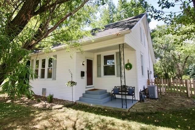 325 S Cedar Road, New Lenox, IL 60451 (MLS #10723423) :: Littlefield Group