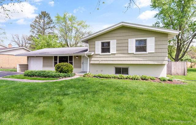22W388 Tamarack Drive, Glen Ellyn, IL 60137 (MLS #10723602) :: Littlefield Group