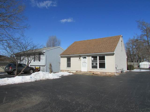 7710 Beaver Road, Wonder Lake, IL 60097 (MLS #10723911) :: Lewke Partners