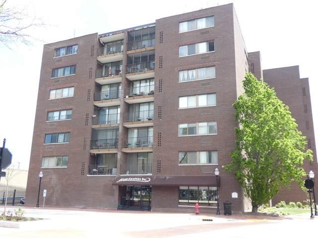 11 W Green Street #402, Bensenville, IL 60106 (MLS #10724457) :: BN Homes Group
