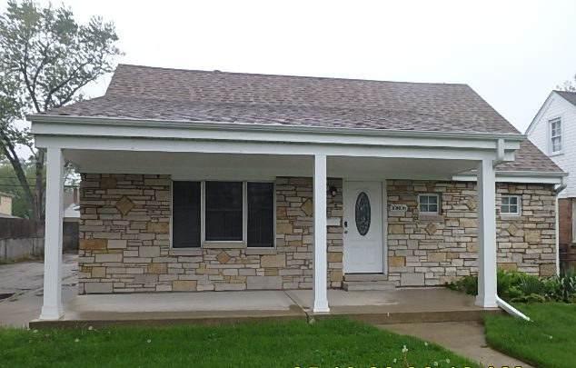 10806 Austin Avenue, Chicago Ridge, IL 60415 (MLS #10724504) :: Littlefield Group