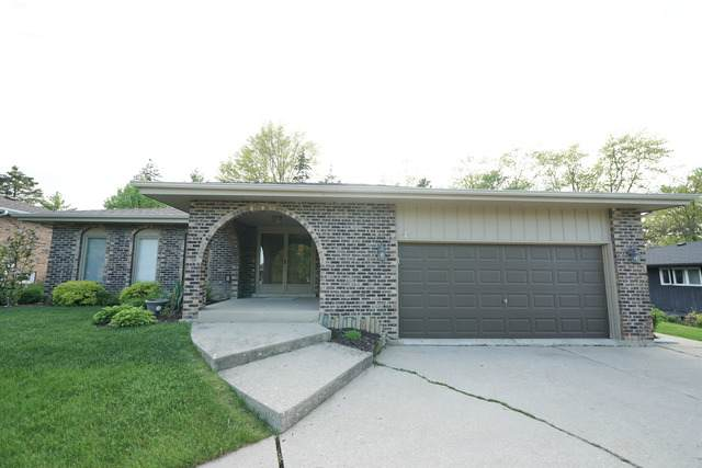 8203 Scenic Drive, Willow Springs, IL 60480 (MLS #10724553) :: The Wexler Group at Keller Williams Preferred Realty