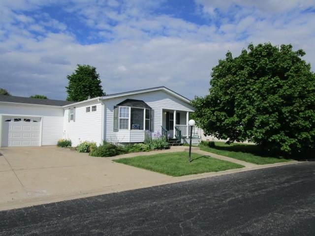 780 Mallard Circle B, Sandwich, IL 60548 (MLS #10724570) :: Angela Walker Homes Real Estate Group