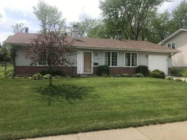 1390 N Oakmont Road, Hoffman Estates, IL 60169 (MLS #10725169) :: Angela Walker Homes Real Estate Group