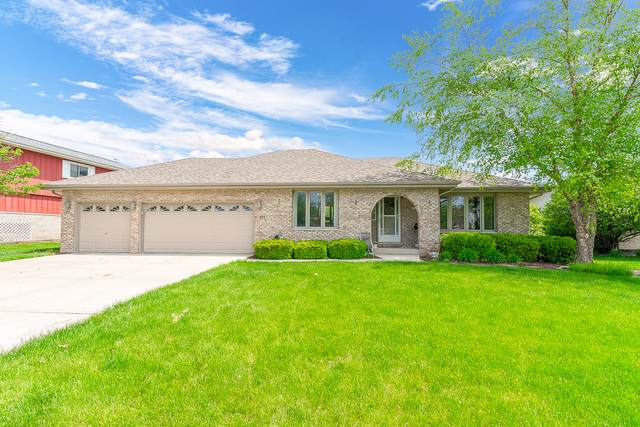 811 Edgewater Drive, Minooka, IL 60447 (MLS #10725682) :: O'Neil Property Group