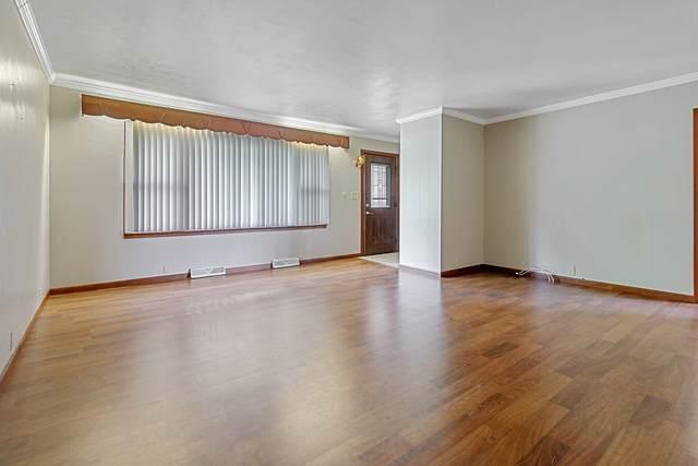 1664 2200 E, ST. JOSEPH, IL 61873 (MLS #10725770) :: Ryan Dallas Real Estate