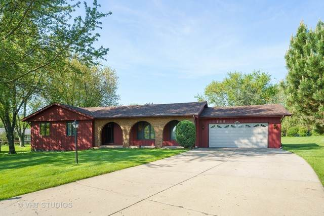 162 Lakewoods Court, Bloomingdale, IL 60108 (MLS #10726780) :: Ani Real Estate