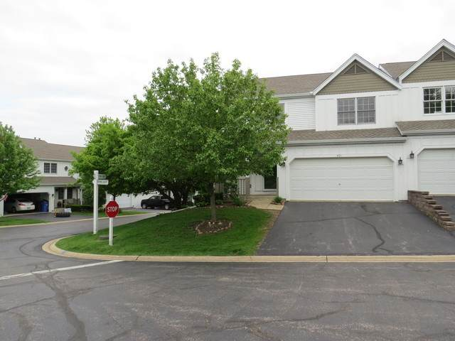 401 Spring Court W, Carpentersville, IL 60110 (MLS #10727045) :: Suburban Life Realty
