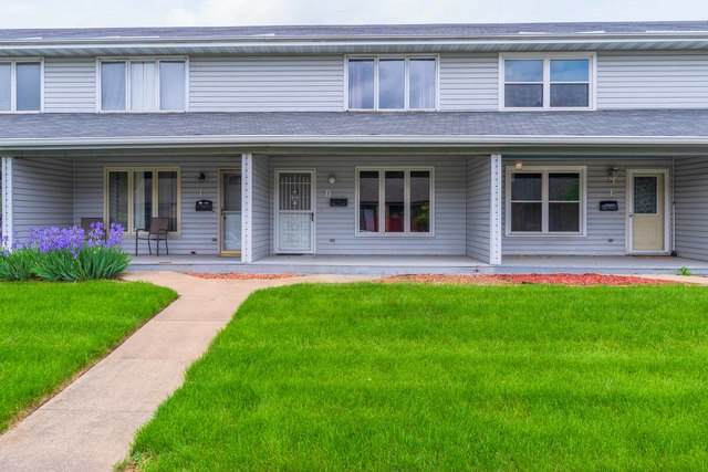 1709 Rockingham Drive D, Normal, IL 61761 (MLS #10727320) :: The Dena Furlow Team - Keller Williams Realty