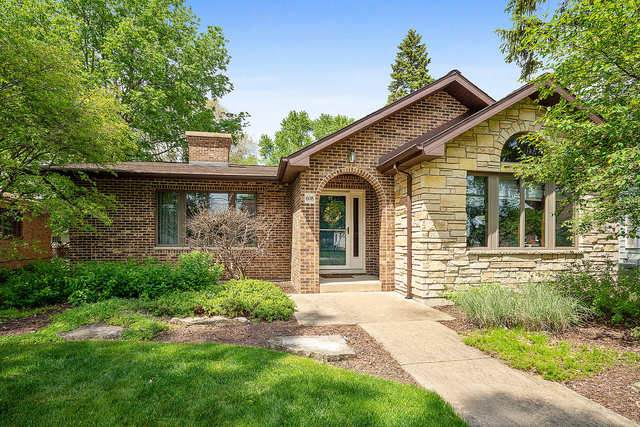 608 E 11th Street, Lockport, IL 60441 (MLS #10727414) :: The Wexler Group at Keller Williams Preferred Realty