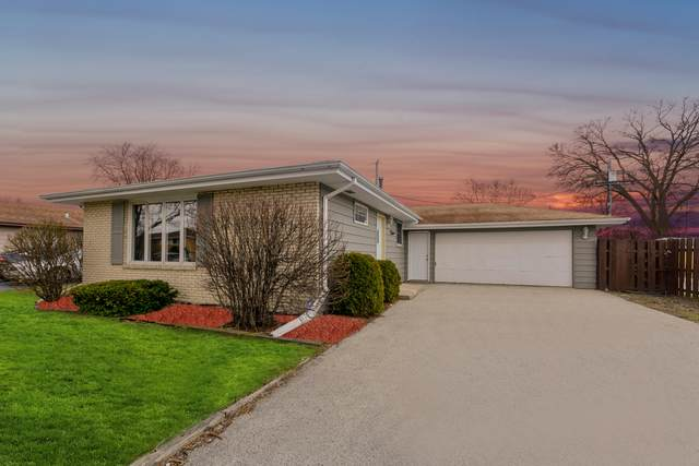 16141 Michigan Avenue, South Holland, IL 60473 (MLS #10727956) :: Littlefield Group