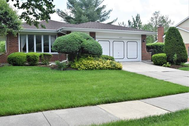 1819 Concord Drive, Downers Grove, IL 60516 (MLS #10728397) :: BN Homes Group