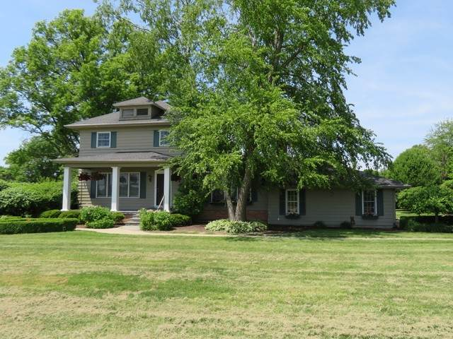 3309 16th Avenue, Sterling, IL 61081 (MLS #10728747) :: Jacqui Miller Homes
