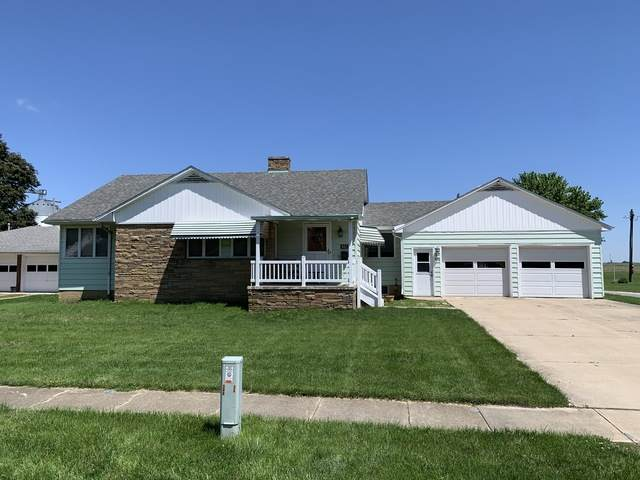 402 E Main Street, ROYAL, IL 61871 (MLS #10729219) :: Littlefield Group