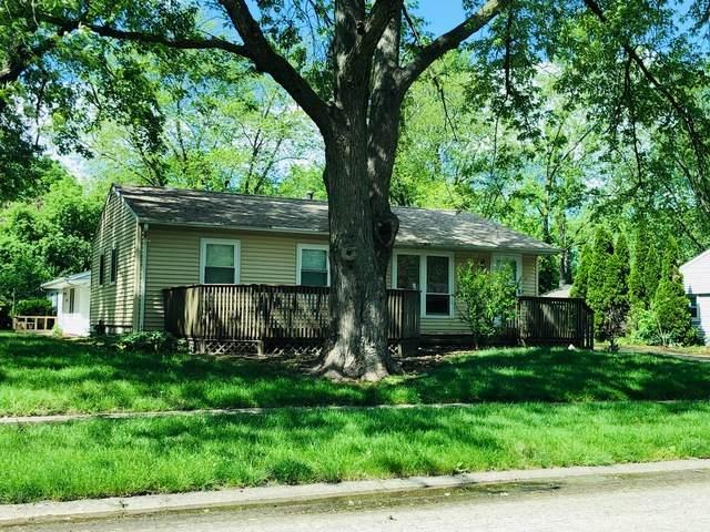 3208 Ridgewood Drive, Champaign, IL 61821 (MLS #10729454) :: The Dena Furlow Team - Keller Williams Realty