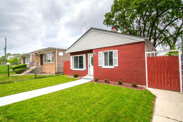 2144 W 72nd Place, Chicago, IL 60636 (MLS #10729656) :: Lewke Partners