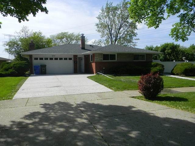 650 Beau Drive, Des Plaines, IL 60016 (MLS #10730003) :: Suburban Life Realty