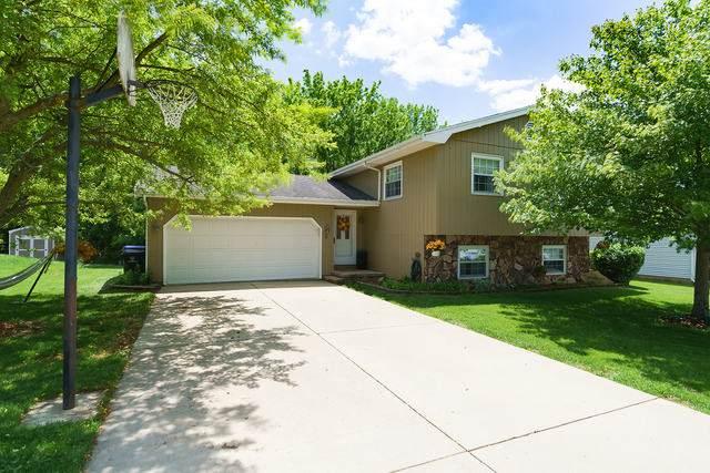 4 Lakeview, Bloomington, IL 61704 (MLS #10730116) :: Ryan Dallas Real Estate