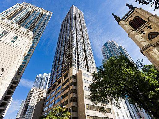 30 E Huron Street #1806, Chicago, IL 60611 (MLS #10730306) :: John Lyons Real Estate