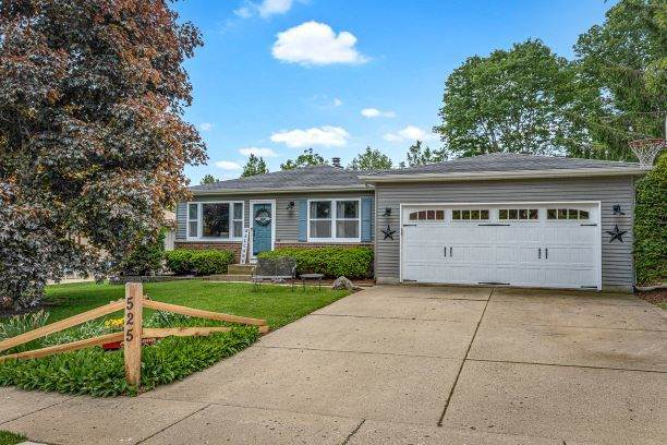 525 Franklin Drive, South Elgin, IL 60177 (MLS #10730445) :: Suburban Life Realty