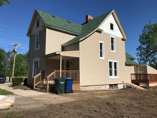 301 E Van Emmon Street, Yorkville, IL 60560 (MLS #10730448) :: The Wexler Group at Keller Williams Preferred Realty