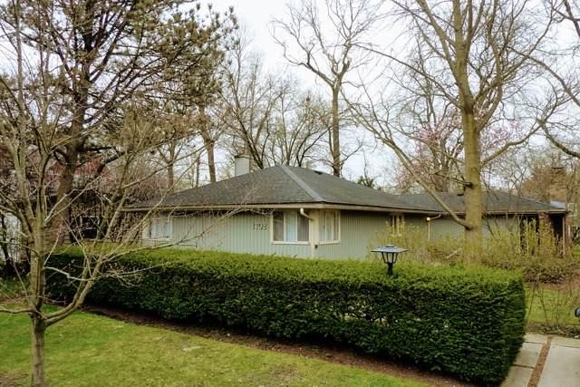 1702 E Willow Avenue, Wheaton, IL 60187 (MLS #10730463) :: John Lyons Real Estate
