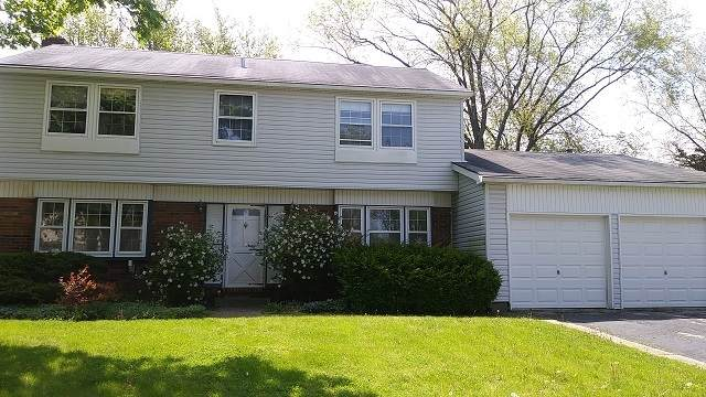 860 Westbourne Lane, Buffalo Grove, IL 60089 (MLS #10730468) :: John Lyons Real Estate