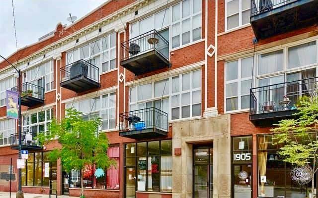 1907 N Milwaukee Avenue #201, Chicago, IL 60647 (MLS #10730608) :: John Lyons Real Estate
