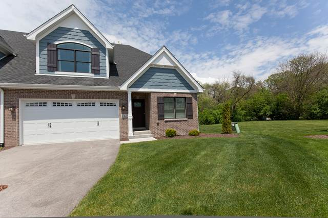 645 Bourbon Lane, Naperville, IL 60565 (MLS #10730654) :: O'Neil Property Group