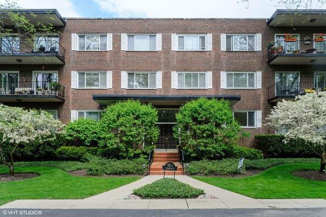 90 Franklin Place E #307, Lake Forest, IL 60045 (MLS #10731364) :: Property Consultants Realty