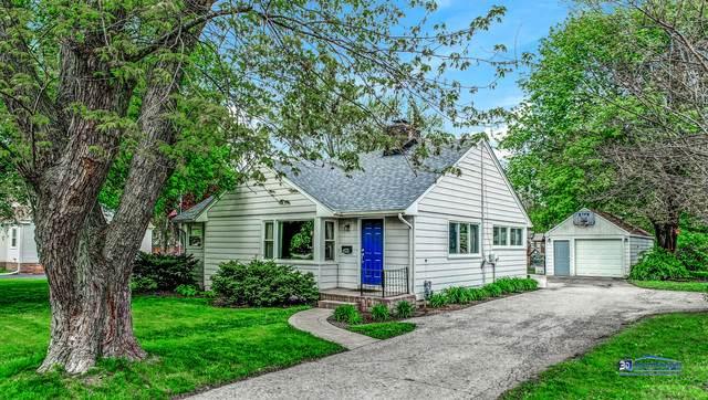 423 S Lake Street, Grayslake, IL 60030 (MLS #10731485) :: Lewke Partners