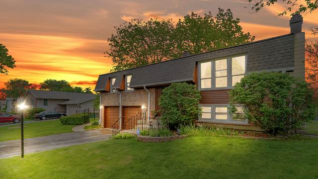 1437 Mitchell Trail, Elk Grove Village, IL 60007 (MLS #10731533) :: Property Consultants Realty