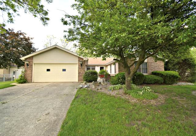 39W102 Cliff Drive, Elgin, IL 60124 (MLS #10732089) :: Century 21 Affiliated