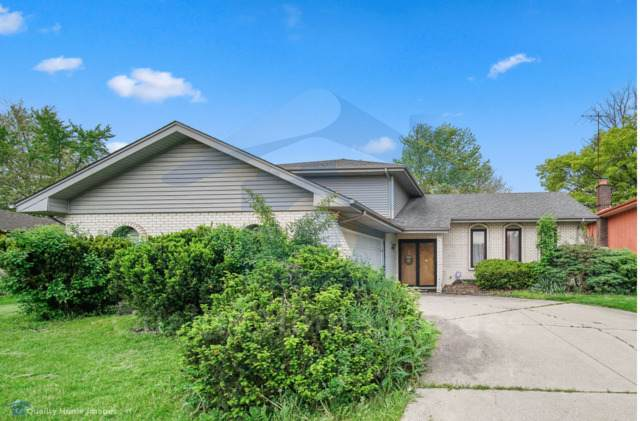 17037 Clyde Avenue, South Holland, IL 60473 (MLS #10732373) :: John Lyons Real Estate