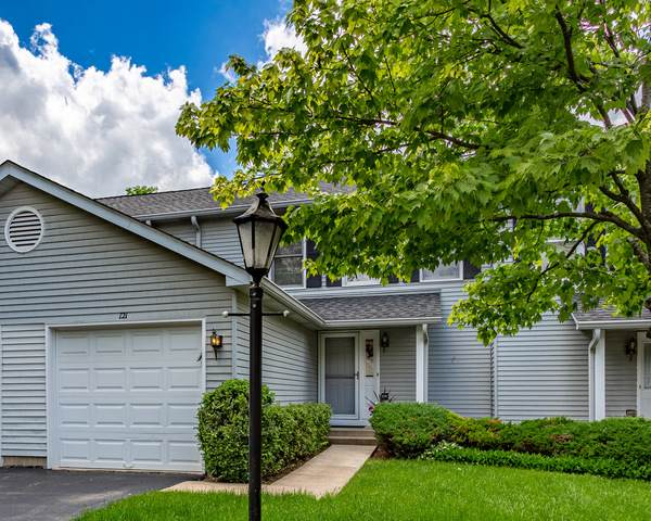 121 Villa Circle Drive #11, Palatine, IL 60067 (MLS #10732411) :: John Lyons Real Estate