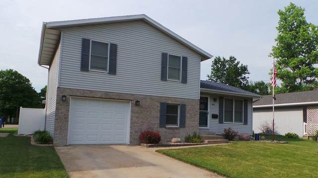 201 E Indiana Avenue, Pontiac, IL 61764 (MLS #10732418) :: Property Consultants Realty