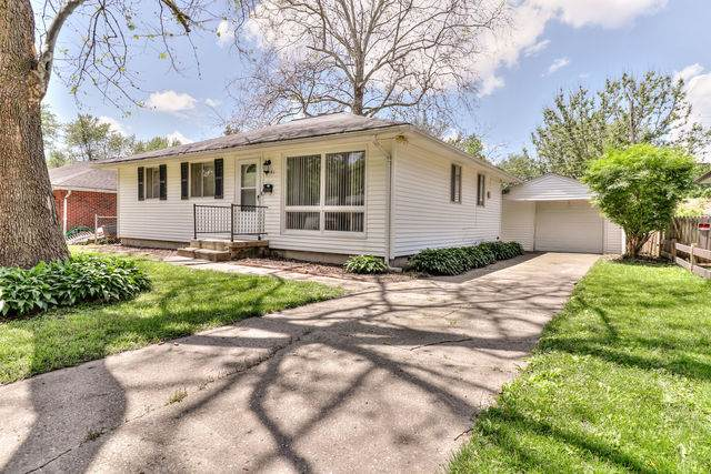 1901 Joanne Lane, Champaign, IL 61821 (MLS #10732437) :: Ryan Dallas Real Estate