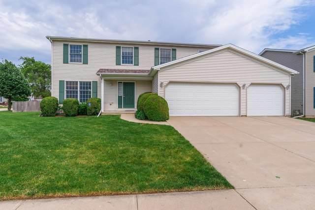 1302 Cashel Drive, Bloomington, IL 61704 (MLS #10732596) :: Janet Jurich