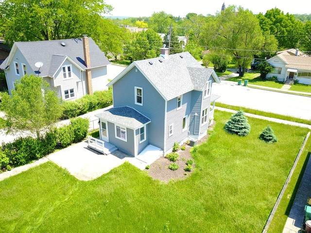 714 State Street, Lemont, IL 60439 (MLS #10733181) :: Ani Real Estate