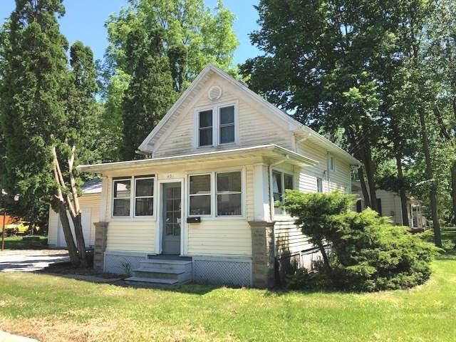 401 E Willow Street, Normal, IL 61761 (MLS #10733263) :: Ryan Dallas Real Estate