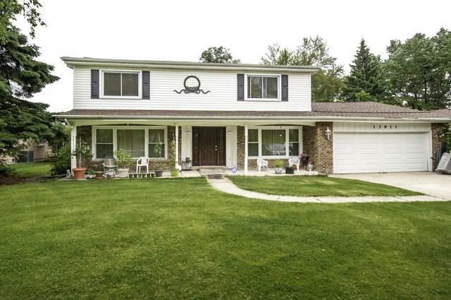 13911 Kickapoo Trail S, Homer Glen, IL 60491 (MLS #10733466) :: John Lyons Real Estate