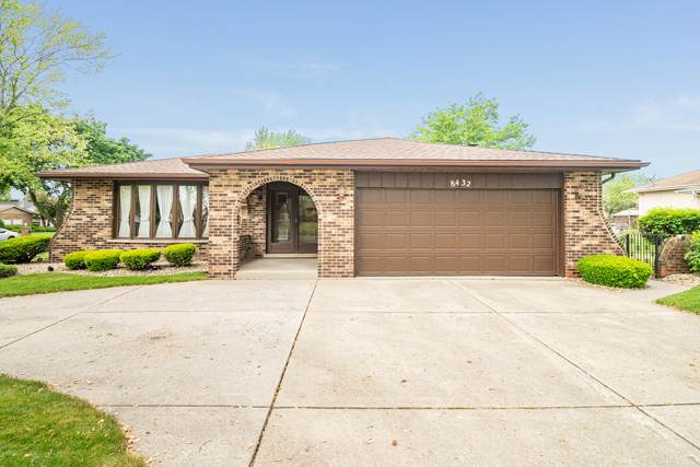 8432 Wheeler Drive, Orland Park, IL 60462 (MLS #10733535) :: Century 21 Affiliated