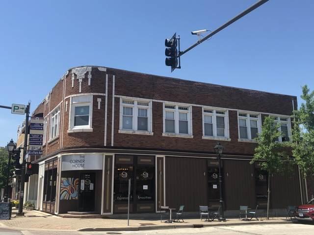 100 Saint Charles Road #4, Lombard, IL 60148 (MLS #10733725) :: Lewke Partners
