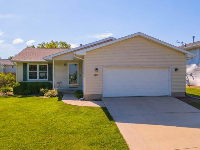 2725 Essington Street, Bloomington, IL 61705 (MLS #10734276) :: Ryan Dallas Real Estate