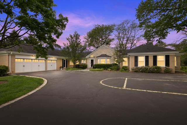 1920 E Circle Drive, Northfield, IL 60093 (MLS #10734362) :: Helen Oliveri Real Estate