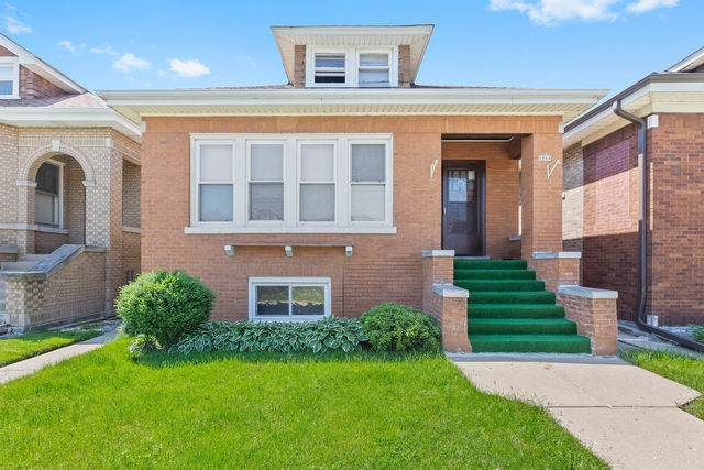 5023 W Wrightwood Avenue, Chicago, IL 60639 (MLS #10734470) :: Property Consultants Realty